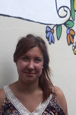 Kajsa Larsson kommer från Ockelbo och tänkte först åka och plugga i USA, men åkte som volontär till Sydafrika i stället.