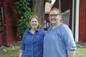 Erica Skerved och Annika Ahlén hoppas på storpublik och bra väder till allsången.