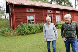 Kerstin och Klas Boman har bott på gården i 40 år. Resterande år hoppas de ska gå i ett klimatsmart tecken.