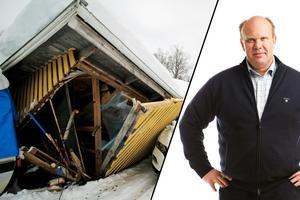 Malte Rungård, byggnadsteknisk rådgivare på Villaägarnas Riksförbund, uppmuntrar alla att kolla över sina försäkringar och vad som gäller vid snötrycksskador.