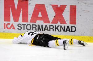 22 år gammal, 2015, fick Alexander Lindgren lägga av med hockeyn, efter åtta hjärnskakningar. – Jag var tvungen att äta både antidepressiva medel och sömntabletter för att ta mig igenom dagarna och få sova, berättade han för Gefle Dagblad. Bild: Robert Granström / TT
