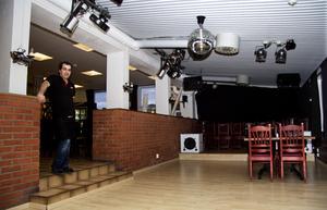 2014 blev ägaren Abdulvahab Kizmaz fotad i nattklubbsdelen i källaren som då såg ut så här. (Foto: Erik Inge/Arkiv).