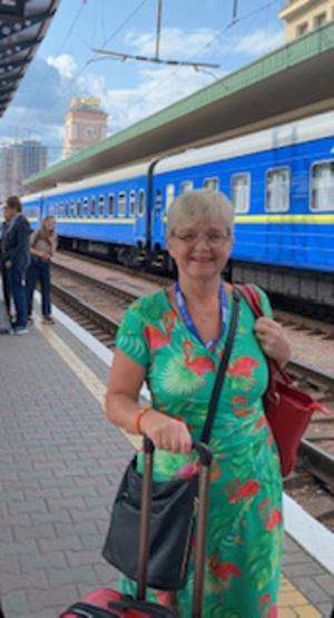 Monica tog tåget från Kiev till Lviv, som ligger i Ukrainas västra del vid floden Poltava.