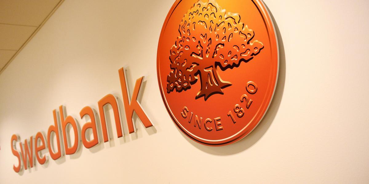 swedbank gävle öppettider