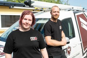 Malin Haqvinsson och Fredrik Grann kommer att i början av nästa vecka åka upp till Särna med firmabilen fullastad med förnödenheter och utrustning.