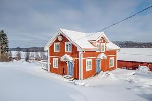 Boningshus med sjöutsikt i Söderbärke.Fotograf: Carina Heed Husfoto