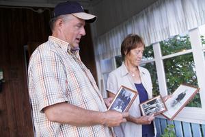 Sonen Thomas och Sonja Persson har även börjat packa i huset i Gåssjö, där släkten har funnits i 17 generationer.