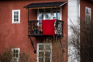 Röd fana på första maj - i år på hemmaplan. Vilken väg ska Socialdemokraterna ta? I höst är det partikongress.