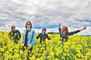 VCPS har spelat tillsammans i 11 år och gjort mängder av turnéer. Sista spelningen blev en festival utanför Munkfors i somras. Bild:  Backstage Photography
