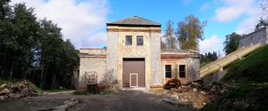 Ett av de övergivna vattenkraftverk utanför Tallinn i Estland där