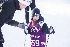 Linus Berglund var snäppet för ung för att delta i loppet, men ville ha nummerlapp åtminstone. Den tillhörde Ida Ingemarsdotter i Sotji-OS, och han har fått den av sin far – landslagsvallaren Mattias Berglund.