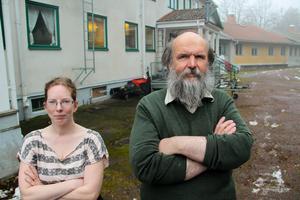 Diana Kulisauskiene är husmor i det nya missionscentret. Hans Lindelöw är äldstebroder vilket kan liknas med att vara pastor.