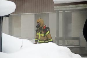 Räddningstjänsten tvingades evakuera de boende i husen.