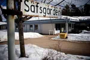 Säfsgården ligger långt från Ludvika, konstaterar politikerna, och väljer att flytta de två platserna för korttidsboende till Ludvika.Foto: Thomas Isaksson
