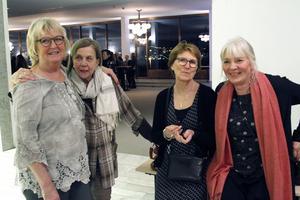 Birgitta Ögren, Anna-britt Lundqvist, Karin Andersson och Birgitta Persson hade sett fram emot fredagens besök på teatern.