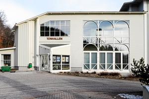 Tonhallen kommer inte med rimliga medel att kunna förvandlas till ett modernt konserthus. Men den får hänga med ett tag till medan Sundsvalls kommun utreder ett nybygge. Bild: Mats Olsson