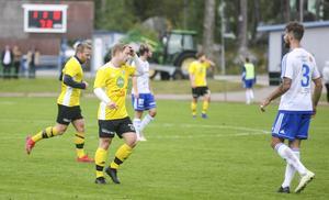 Robin Olofsson håller en dörr öppen för spel även nästa säsong.