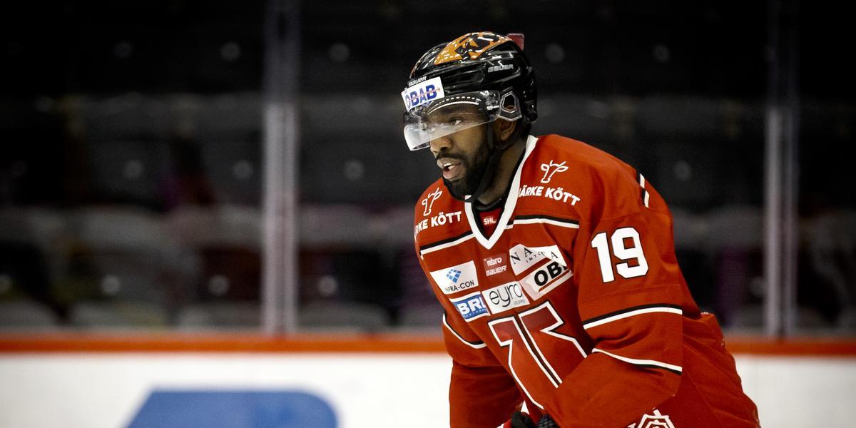 """Fick lämna Örebro Hockey – nu har forwarden skrivit på för seriekonkurrenten: """"Kändes som rätt steg"""""""