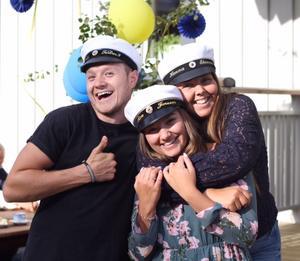 Nils, Hanna och Alva i Örnsköldsvik.
