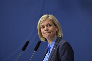 Sverige kommer allt längre från S-MP-regeringens mål om