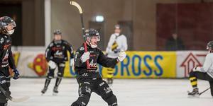 Max Mårtensson levererade ett mål och två assist mot Katrineholm.   Foto: Christian Backevik