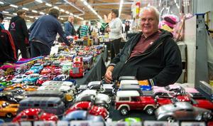 Per Skye samlar och säljer modellbilar.