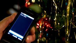 Ett tips för att få kontroll över sin ekonomi är att undvika snabba lån, exempelvis via sms.