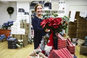 Det är mitten av november men skyltningen i butiken går redan i julens tema. Veronica Westling har lång erfarenhet av företagande och tror på läget i Birsta.