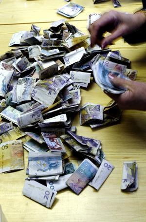Personlig sfär. Kontanter gör att banker och andra inte kan följa allt du gör med dina pengar. Foto: Per G Norén