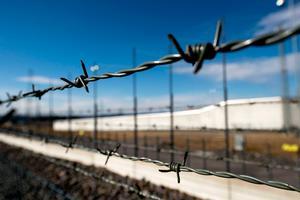Ledningen på Saltviksanstalten vill omplacera det tidigare fackliga ombudet.