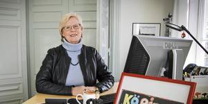 Elizabeth Salomonsson, socialdemokratiskt kommunalråd i Köping, är nöjd med bokslutet för Köping, som visar ett överskott på rekordstora 75 miljoner kronor. (arkivfoto)