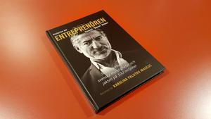 """Boken """"Historien om entreprenören Souheil """"Sosso"""" Bcheri"""" är skriven av Karolina Palutko Macéus och kan köpas på förlaget Vulkans hemsida."""