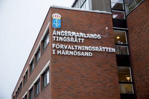 Rättegången börjar 4 november i Ångermanlands tingsrätt i Härnösand.