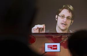Snowden upptäckte att politiker och tjänstemän struntade i både lagarna och författningen. Foto: Friso Gentsch/TT via AP