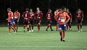 Valbo firar 3–0 i andra halvlek, ett mål som definitivt sänkte Bollnäs i fredagens viktiga streckmatch.