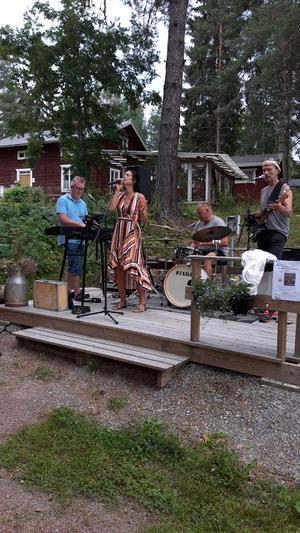 Holmsten trio med Angelica Jonsson. Foto: Privat