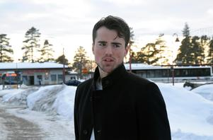 Alen Bibic på besök i sitt barndoms Rättvik efter säsongsavslutningen i Ängelholmslaget Rögle.
