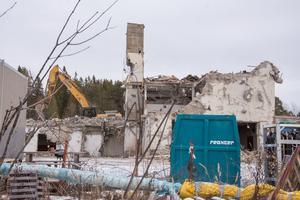 Det framtida bostadsområdet ligger bara ett stenkast från skidstadion. I bakgrunden ses Arctura.