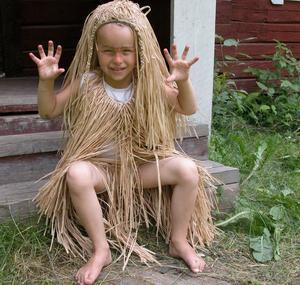 Vittra. Lillvittran Isabella Norell, 6 år, skrämde besökarna. Foto:Maja Berg