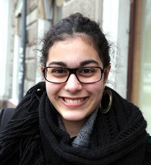 Mahtab Pakgohar, 16 år, Sätra, studerande:– Jag ska vara med kompisar, åka till Stockholm och Uppsala för att shoppa, och ta det lugnt.