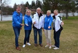 Jan Palander, Therese Johansson, Bertil Elfström, Britt Granberg och Lars Bälter ska nu marknadsföra Vansbrosimningen och Dansbandsveckan gemensamt.