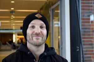Erik Karlsson, 31, digital designer, Alnö: