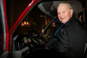 Man vet aldrig hur många som vill åka med. Det har Bengt Åhs lärt sig. Något var hans lilla buss helt full med åtta passagerare som ville till julotta. I år var det två.