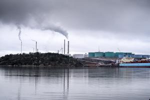 Preems raffinaderi i Lysekil. Preem planerar utbyggnad av sitt raffinaderi. Foto: Björn Larsson Rosvall / TT.