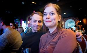 Pontus Söderberg och Sofia Moberg var några som hade knipit biljetter.