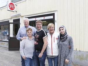 Socialdemokraterna i Hällefors har nio mandat i kommunfullmäktige i dag. Med på listan inför söndagens kommunval finns bland annat Kenth Grängstedt, Annalena Järnberg, Håkan Bergkvist, Susanne Grundström och Fatema Hamdouns.