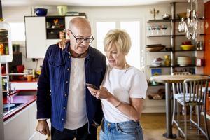 Martin och Eva i köket.