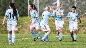 Måljubel i Ornäs, som fick igång målskyttet en aning – även om det blev stor förlust.