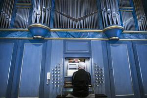 Grönlundsorgeln i Järvsö kyrka ger rättvisa åt Bachs verk, anser Rolf Ericzon.