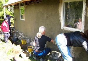 jobbade på. Utvändig lerklining från förra årets kurs.